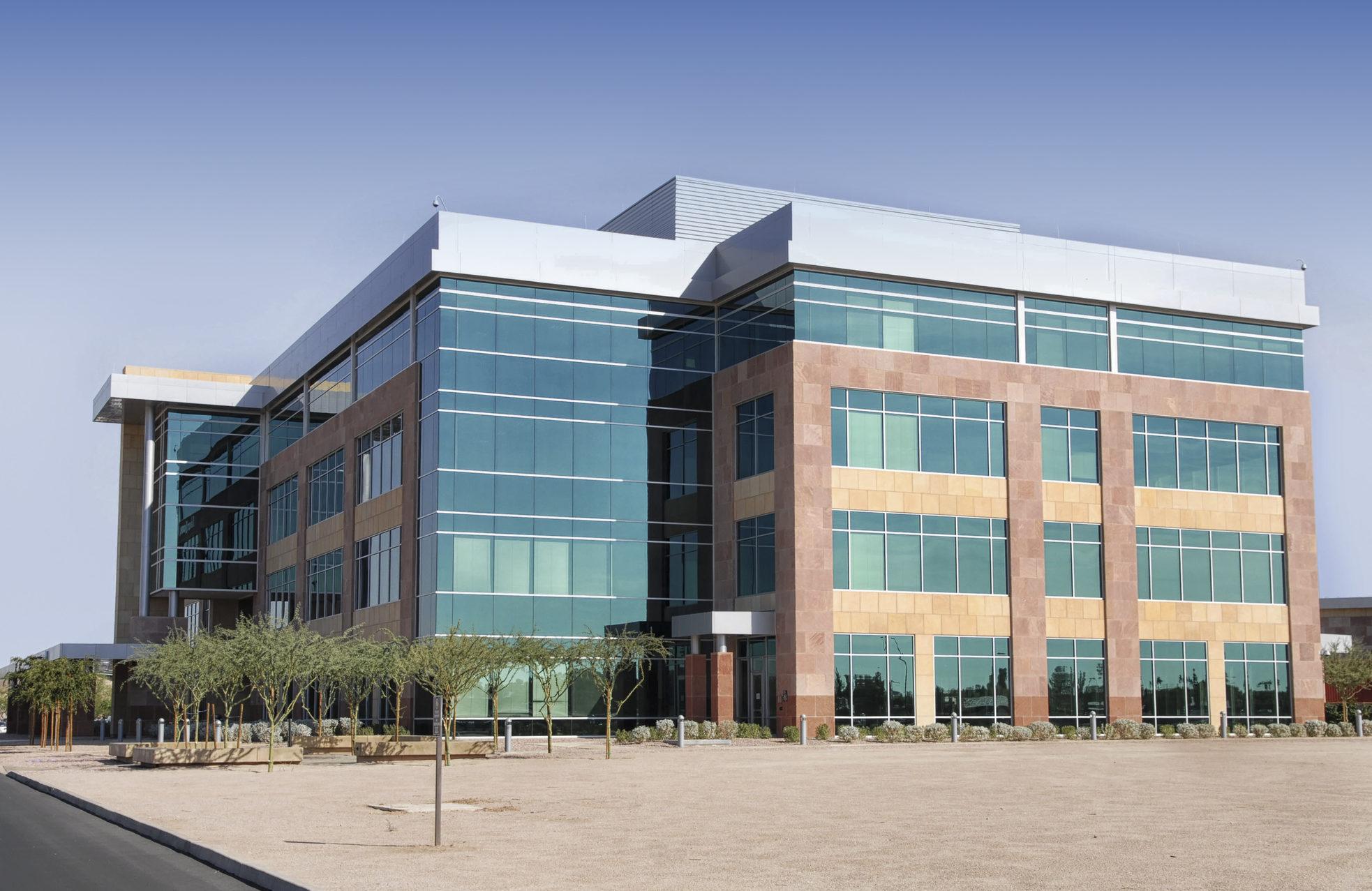 Grand immeuble moderne